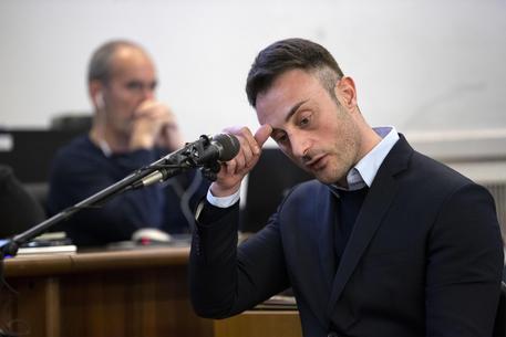 """""""Calci e pugni a Stefano"""" Francesco Tedesco, il vicebrigadiere dei carabinieri imputato e testimone chiave del processo sulla morte di Stefano Cucchi (VIDEO)"""