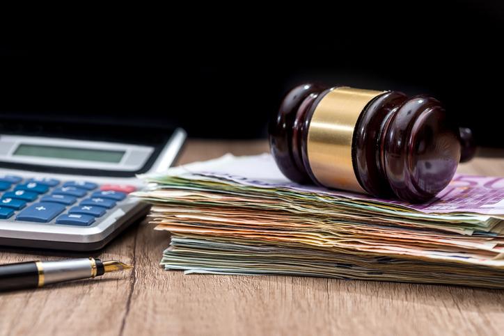 Avvocato: spese forfettarie sempre al 15% salvo diversa disposizione del giudice