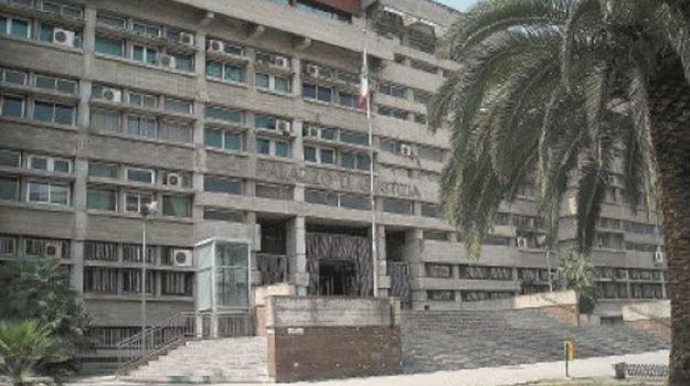 Riforme settore giustizia, avvocati in sciopero e processi rinviati a Cosenza