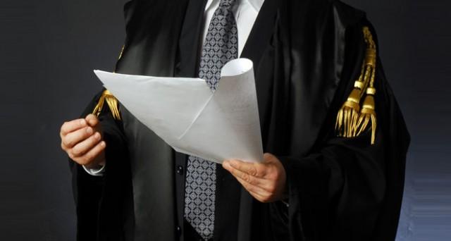 Avvocati: quando si può fare causa al cliente
