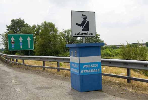 Autovelox, in città, la Cassazione: multe non valide