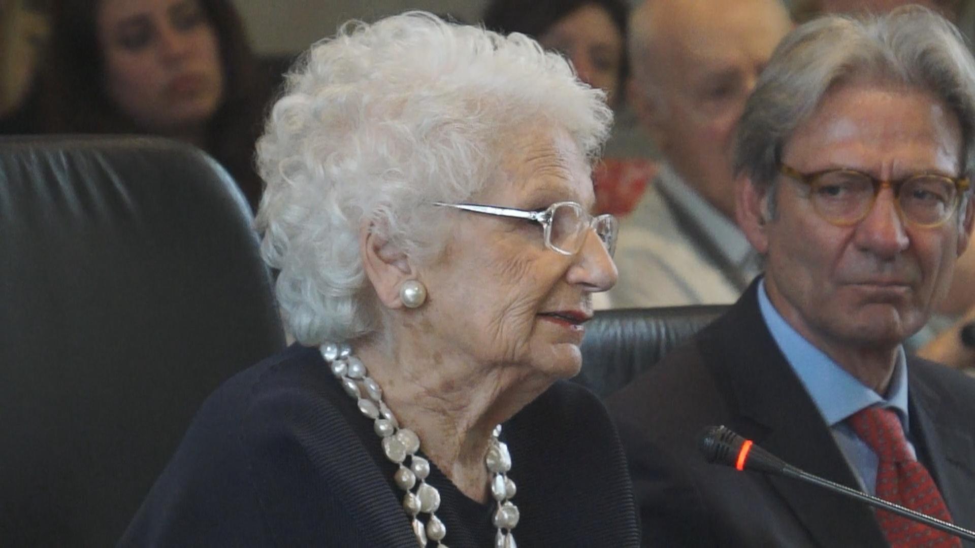 """L'intervento della senatrice Liliana Segre al Tribunale di Milano in ricordo delle """"leggi razziali"""" e la discriminazione degli avvocati ebrei"""