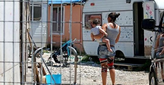 """""""Censire tutti i campi nomadi"""", la circolare di Salvini ai prefetti"""