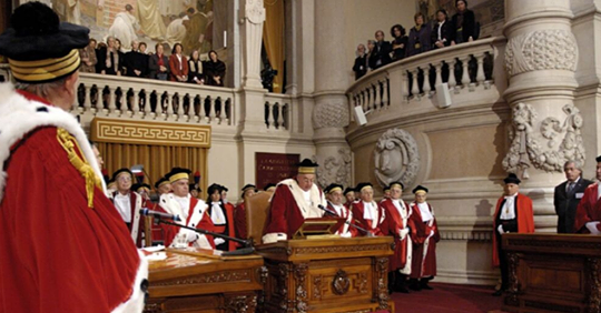 Avvocati, la Cassazione riconosce ai collaboratori la qualità di dipendenti