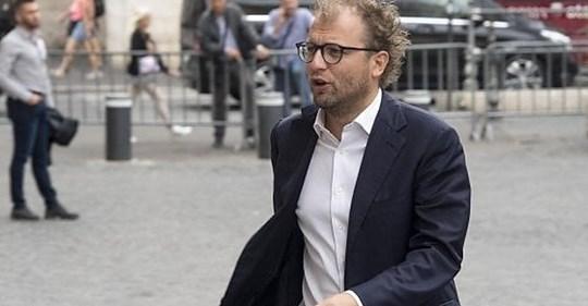 """L'Espresso: """"Lotti ammette con i pm il complotto contro Ielo"""". L'ex ministro: """"Mai detto"""""""