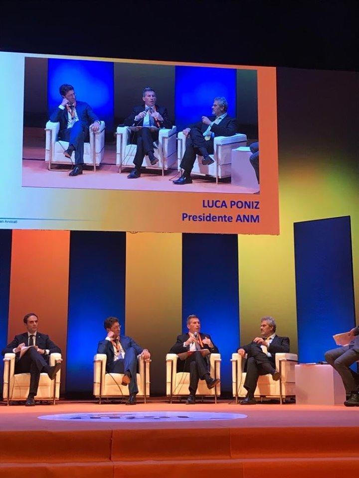 Congresso di Associazione Italiana Giovani Avvocati a Messina. Ieri al congresso ha partecipato il Coordinatore dell'Organismo Congressuale Forense, Giovanni Malinconico.