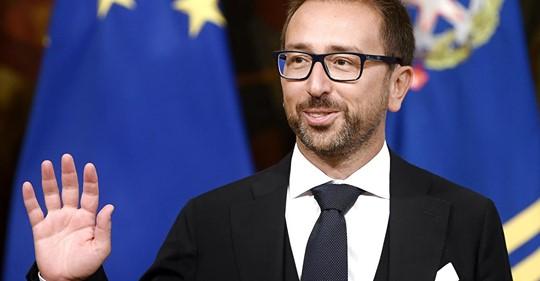Al Pd l'Europa, ai Cinque Stelle la giustizia: la maggioranza si salva con un (fragile) baratto