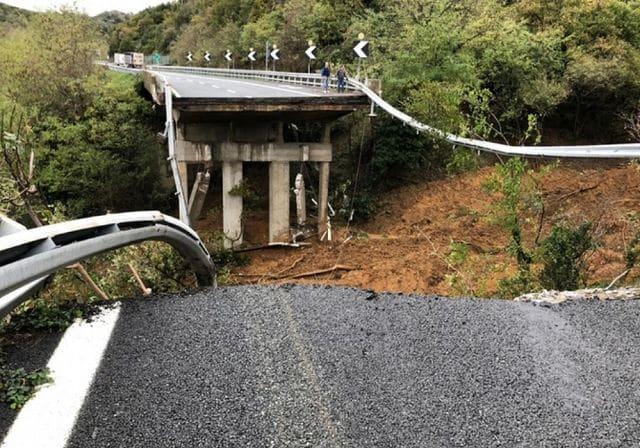 La procura di Savona, che indaga sul crollo del viadotto della A6 Madonna del Monte, ha avviato accertamenti anche sullo stato dei piloni del viadotto nel tratto tra Altare e Ferrania.