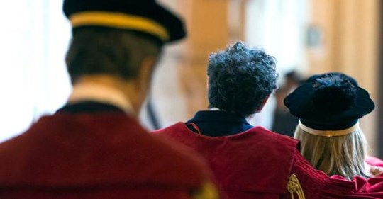 """La selezione """"all'italiana"""" dei magistrati: fanno un concorso e non li assumono. Il caso che ha tenuto in scacco i 251 vincitori"""